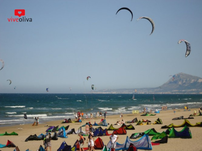 ¿Quieres saber cómo hacer Kite Surf esta temporada 2021 en Oliva?